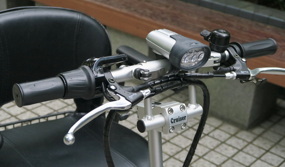 シニアカー 電動三輪車 クルーザー