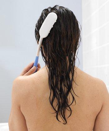 持ちやすい洗髪用ブラシ