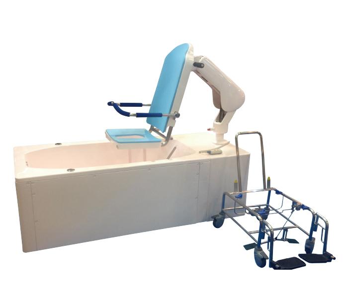 シャワーキャリーから、リフトと接続したシート部が分離して、そのまま浴槽に入ります。