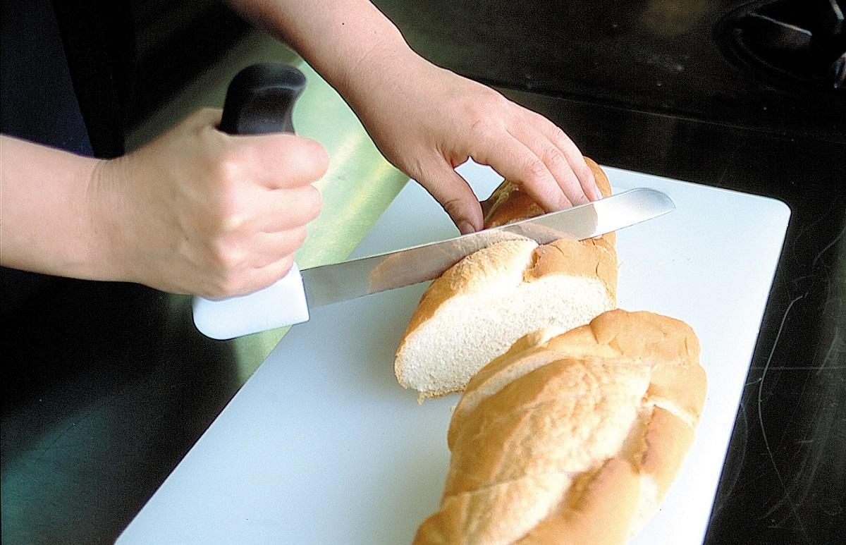 パン切り包丁 らくらくブレッドナイフ